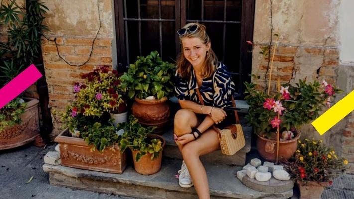 Lotte (21) doet Bible journaling: 'Voor mij werkt dit beter dan enorme stukken tekst lezen'